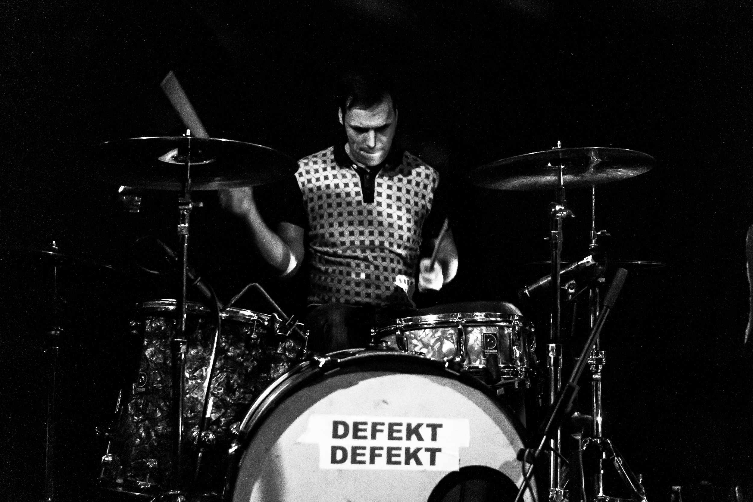 Johnny Notebook & the Dark Ages + Defekt Defekt